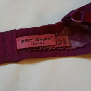 Betsey Johnson Intimates & Sleepwear - Betsey Johnson bra. 32DD